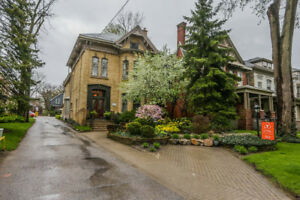Beautiful heritage home for lease in downtown London!