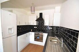 Large 4 Double Bedroom 3 bathroom (2 ensuites) Detached House 3 mins walk to Hounslow West station