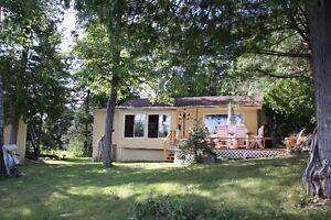 Cottage on beautiful lac Pemichangan asking $489,000