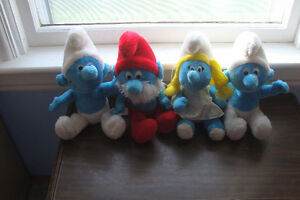 Smurfs in Excellent Condition