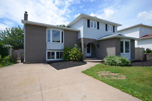 NEW PRICE! 36 Barry Allen Dr Dartmouth 4br (Could be 5), 3 Baths