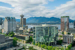 OPEN HOUSE: 2 Bedroom + Den PENTHOUSE in Downtown Vancouver