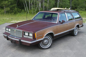 LOOKING FOR 1980s Bonneville wagon