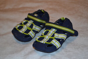 Robeez boys 3-6 months navy and lime green sandal/shoes
