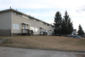 2 & 3 Bed. Townhouses in Hinton with Great Rental Incentives