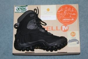 FOR SALE: - 1 Pair MERRELL Women's Winter Boots size 8