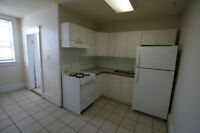 1 BEDROOM UNIT AVAILABLE JULY 1ST! *1537-14TH AVE. S.W.*