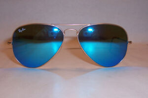 RAY-BAN Authentic AVIATORS 3025 GOLD/BLUE MIRROR - $75 OBO