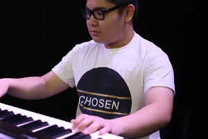 Pianist! Experienced and very talented!