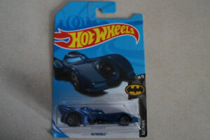 Hot Wheels Batmobile 1/64 scale TREASURE HUNT
