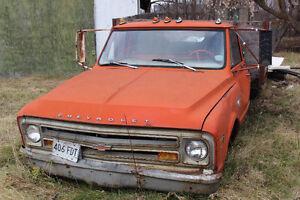 1968 C30 chevrolet dump truck