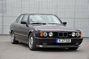 LOOKING FOR BMW 540i e34