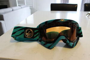 Dragon DXS goggles, with 2 lenses