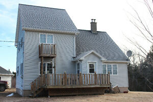 FABULOUS NEW LISTING - WENTWORTH SKI COTTAGE