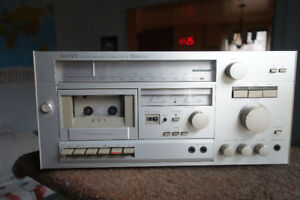 Sony RT-33 Stereo Receiver Tapedeck.Like new