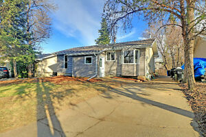 House for sale in mature area of Sherwood Park, $385,000.00