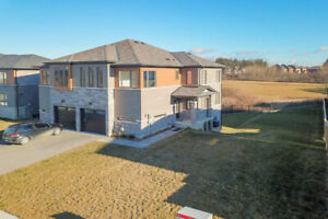 Ancaster!!!!  $649,900, Open House: Feb 17th, 2:00-4:00pm