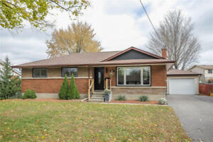 OPEN HOUSE SAT/SUN 2-4PM: Newly Renovated St Catharines Bungalow