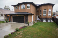 Nearly 4000 Sq Ft Stunning Home With Basement Suite