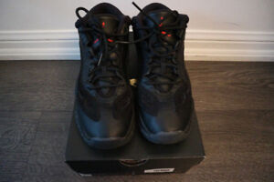 (Price Lowered) Air Jordan 11 Retro Low BG size 6 Youth