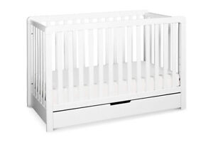 NEW WHITE CONVERTIBLE CRIB WITH TRUNDLE DRAWER
