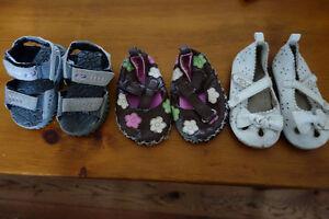 Girls 6-12 month clothing and shoes - box full Cambridge Kitchener Area image 10