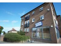 2 bedroom flat in Cabot Court, Gloucester Road North, Bristol, BS7 0SH