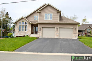 Beautiful 2 story executive home located in Fox Creek area.