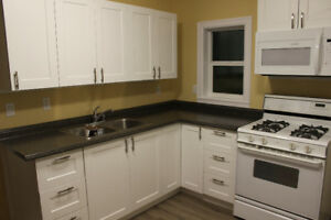 2br/1 Bath Suite in Yarrow with Quick Commute to Abby & Chwk