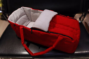 RED Phil & Ted's Cocoon baby carrycot for Stroller Crib Bassinet