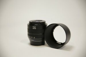 ZEISS Touit 32mm f/1.8 Lens for Fuji