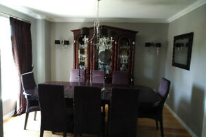 Salle a Manger/Buffet/ Dining Room Set