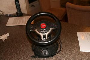 Mint Condition Steering Wheel For Racing Games Kitchener / Waterloo Kitchener Area image 2