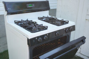 Gas Stove. CLEAN. Great Shape. CHEAP!