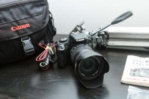 Caméra Canon Rebel XSI 450D + 18-135mm + trépied et accessoires