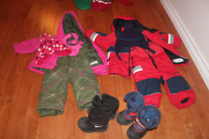 girl Columbia snow suit 2T Sorel boots or cougar matching hat