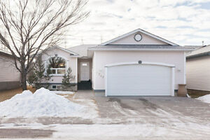 High River-fully finished basement,updated,4 beds,3 full bath
