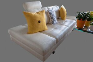 Beautiful white leather sofa from Inspiration!