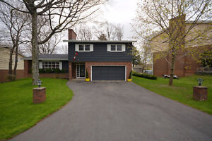 Large Family Home in Clayton Park For Sale