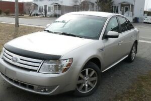 taurus 2008    AWD         (condition exceptionnelle)