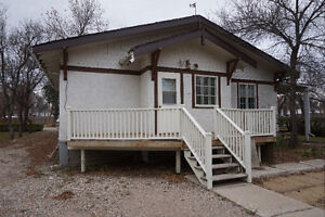 FREE HOUSE IN ROSETOWN