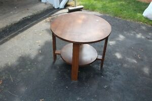 Antigue End Table