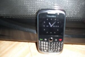 FOR SALE - BLACKBERRY CURVE 9300 CELL PHONE