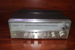 Amplificateur vintage Harman Kardon ***SPLENDIDE*** w010584