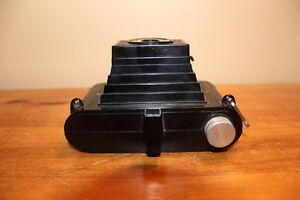 Old Donald Duck Camera from the 1940's London Ontario image 6