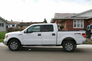 2014 Ford F-150 SuperCrew NO GST, LOW KMs