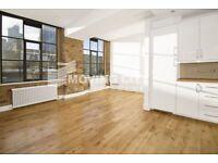 1 bedroom flat in Saxon House, Aldgate E1
