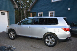 New Reduce Price-- 2012 Toyota Highlander