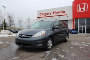 2008 Toyota Sienna LE 7-Pass 5A