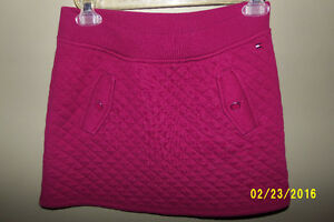 Tommy Hilfiger Burgundy Quilted Skirt Size Large (12-14)